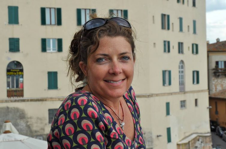 Radio Guest: Jules Shepard, gluten-free blogger & bestselling author talks about living with Celiac Disease on Lunchtime Radio - Dr. Theresa Nicassio Show